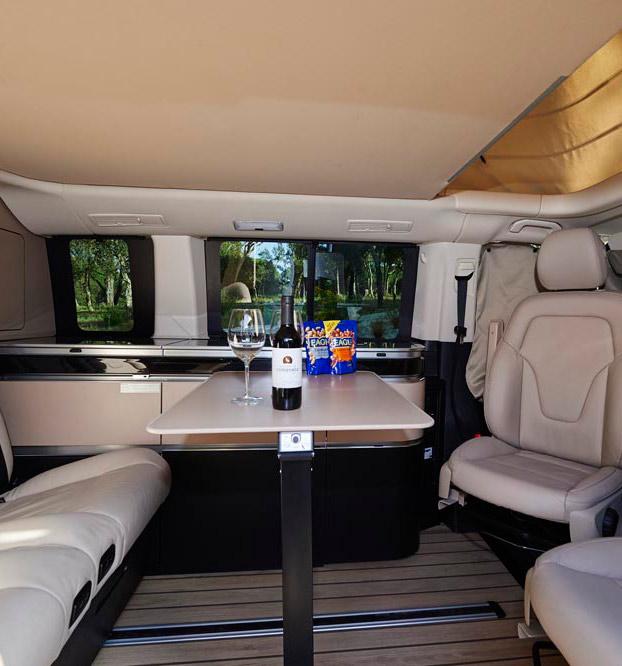 alquiler mercedes marco polo en barcelona alquilar camper. Black Bedroom Furniture Sets. Home Design Ideas